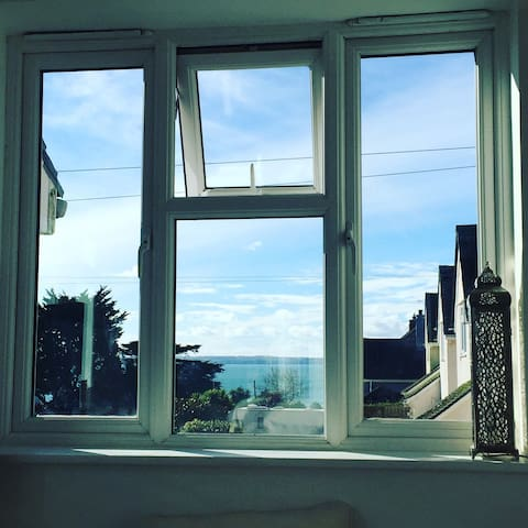 Fabulous 2 bed flat with sea views - Saint Mawes - Departamento