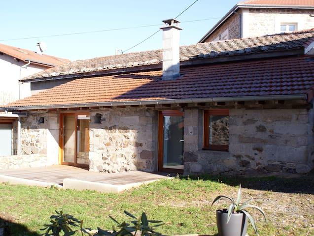Maisonnette calme, terrasse, très beau village - Fontanes - Overig