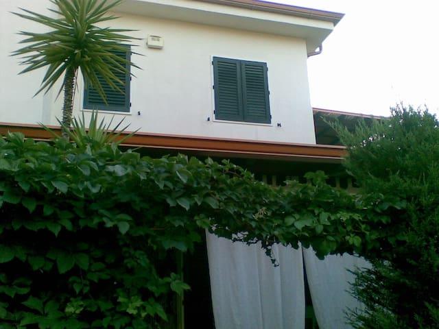Villa Casello Veneto 22 - Rossano - Dom