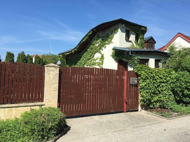 Romantic house&attractive location - Malinovo