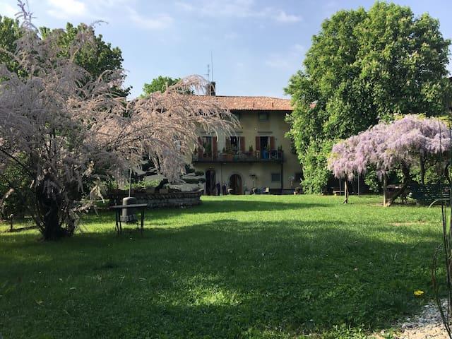 Lacasadiscorta M (8 km da Bergamo) - Almè - Apartamento