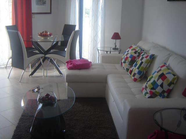 Apartamento - Edificio Palácio - Algueirão-Mem Martins