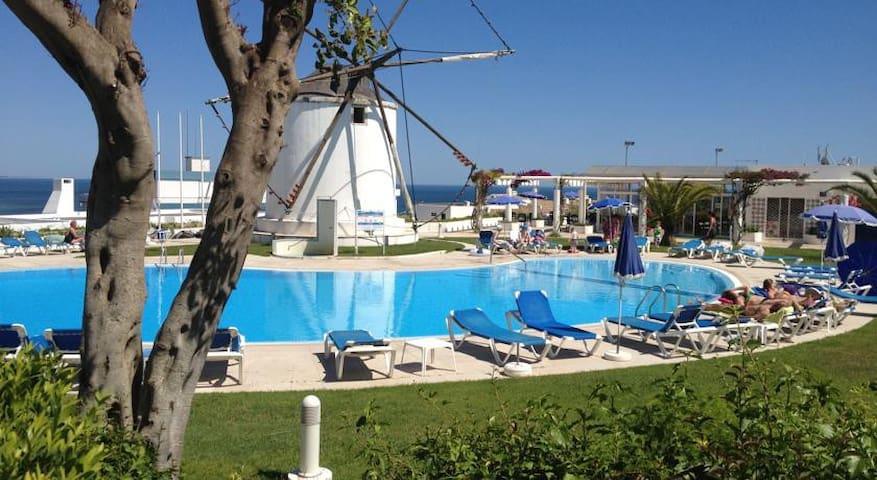 Fantastic apartment with pool near the beach - Albufeira - Leilighet