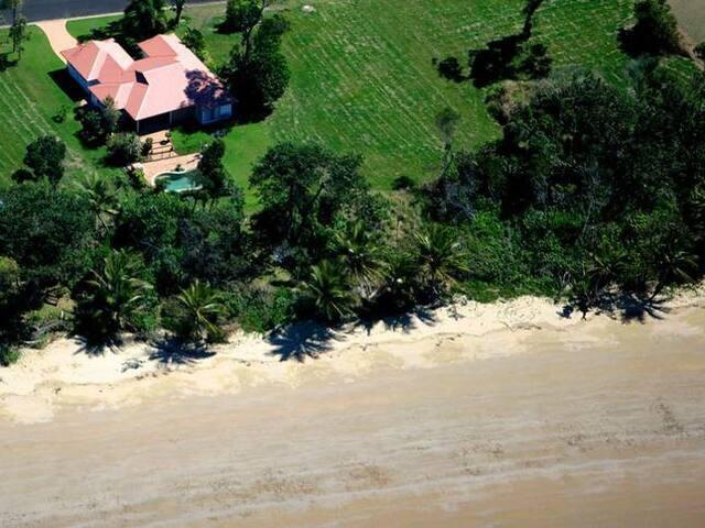 Sea Siesta -Private beachfront home - Mission Beach - Huis