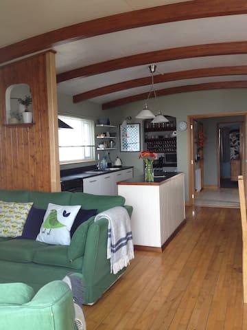 Holiday Houseboat - Sleeps 2 - Pin Mill - Barco