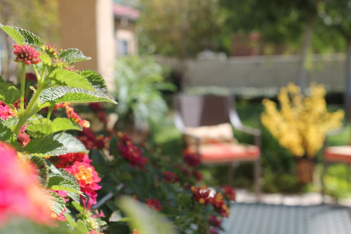 Fillmore Country Club - Assisted Living (RCFE) - Fillmore - Diğer