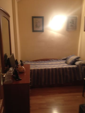 ,  , , Habitación tranquila, confortable , relax., - Torrejón de Ardoz - Leilighet
