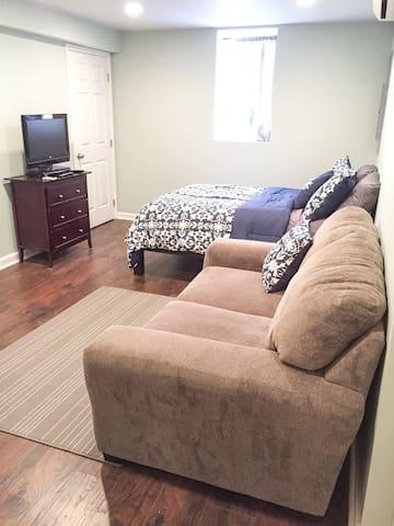 New Basement Apartment Convenient for D.C. & NOVA - Falls Church - Квартира