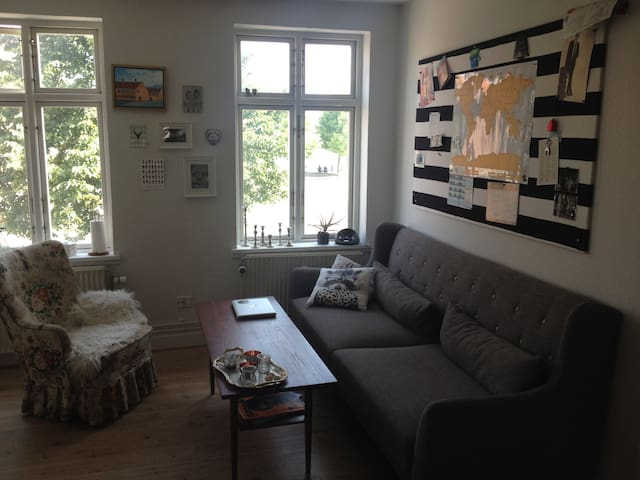 Lovely & Central Apartment With Harbour View - Svendborg - Departamento