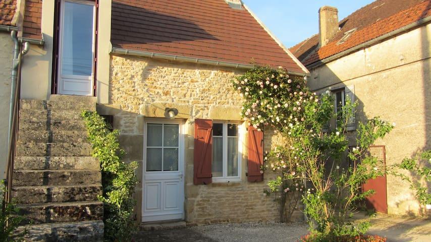 Les petits vergers près de Vézelay - Montillot