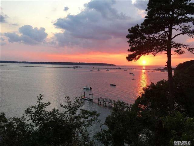 Amazing spectacular beachfront retreat. - Northport