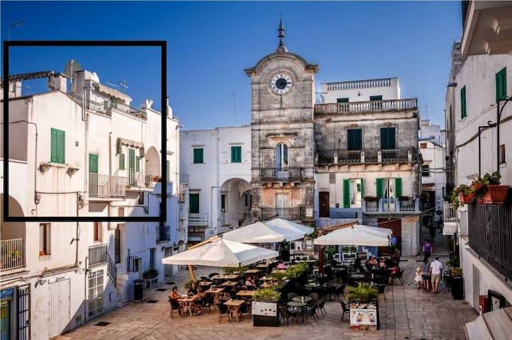Cisternino Rooftop Apartment - Town Square - Cisternino - Leilighet