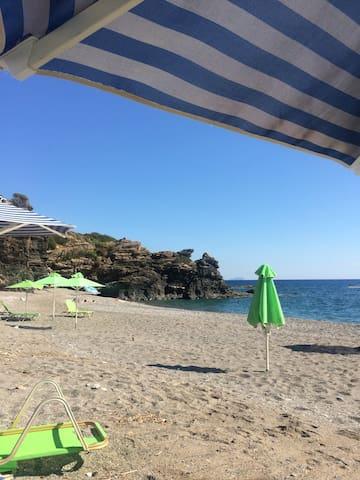 Крит,Вилла 300м , море 50м, бассейн - Korakas