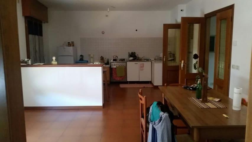 Nice and charmy room - Varmo, UD, Italia - Hus