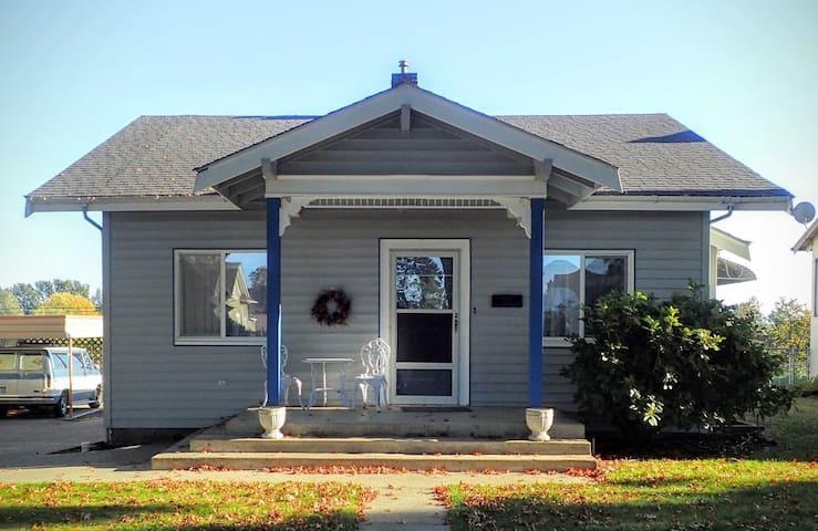 The Cottage on Front Street - Lynden - 公寓