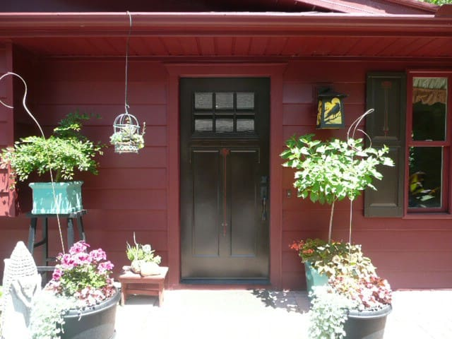 Magna Pines Guesthouse Retreat, Nestled on 7 Acres - Chagrin Falls - Pension