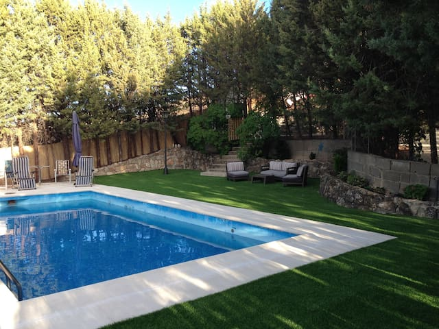 Finca con piscina para familias - Valverde de Alcalá