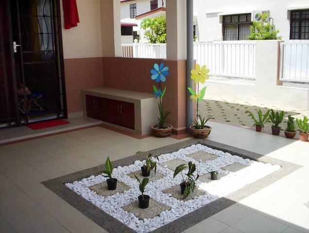 Sweet Home - Simpang Ampat - Appartement
