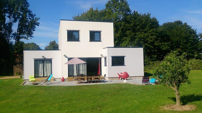 Villa Zencube à 20 mn de Deauville - Le Faulq