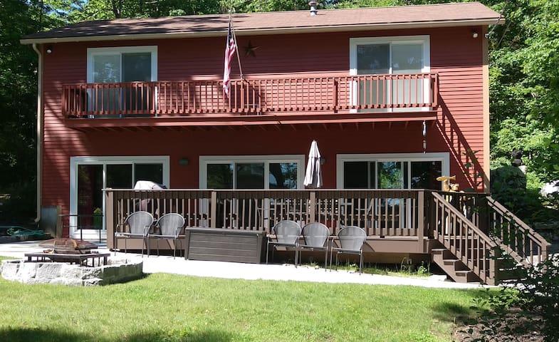 Mirror Lake Retreat! - Tuftonboro - Huis