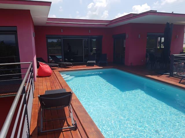bel appartement avec piscine et vue dégagée - Chasse-sur-Rhône - Loft