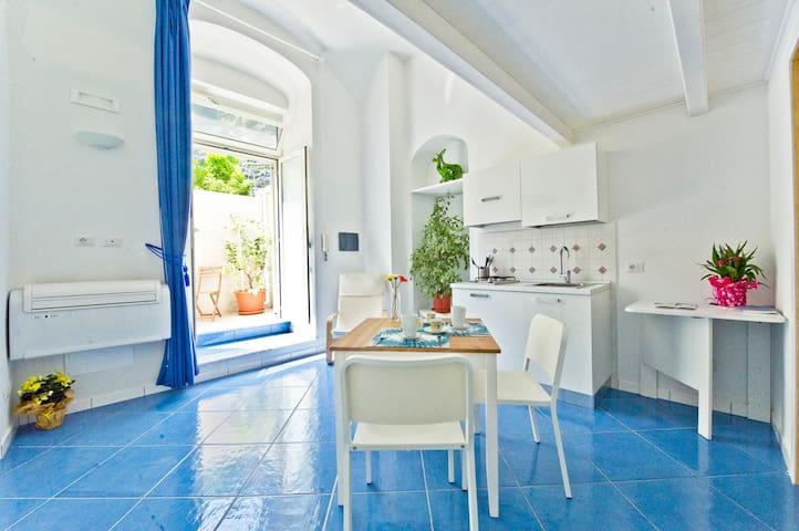 Alfieri rooms - appartamento Cielo - Atrani