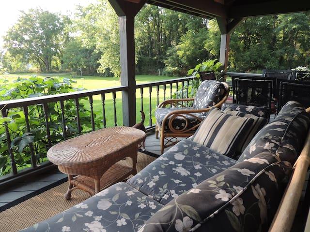 Finger Lakes Granary House - Lodi