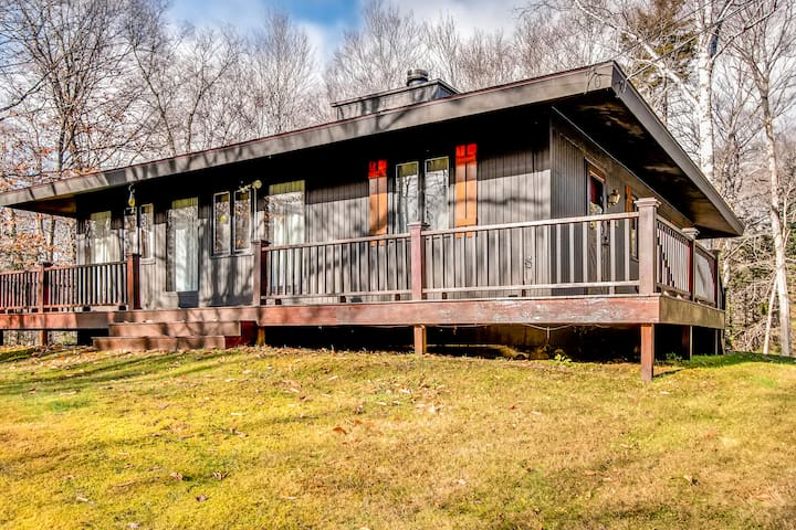 Cozy Private 3 Bedroom  Home with great views of the Mountains - Mendon - Casa
