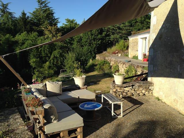 2 Chambres dans petit village - Saint-Simeux - Casa