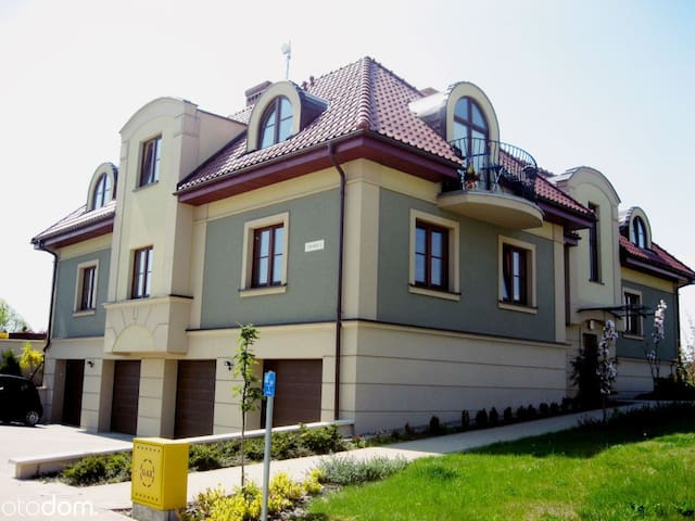 Apartment 75 m on a beautiful estate 20 min. to th - Borkowo Łostowickie - Apartemen