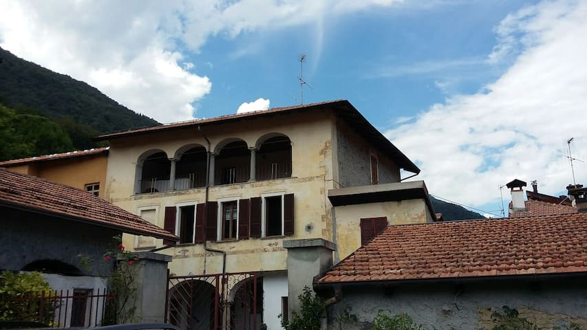 La casa del parroco - Gattugno