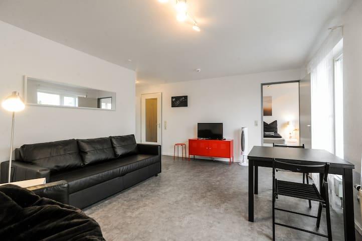 modern apartment in the outletcity - Metzingen - Leilighet
