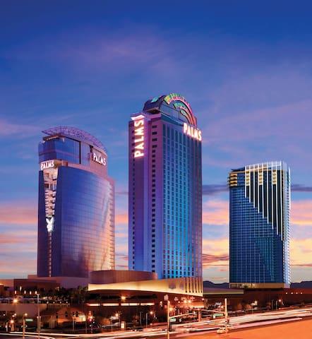 Amazing Strip Views on 50th Floor, Open Balcony - Лас-Вегас - Кондоминиум