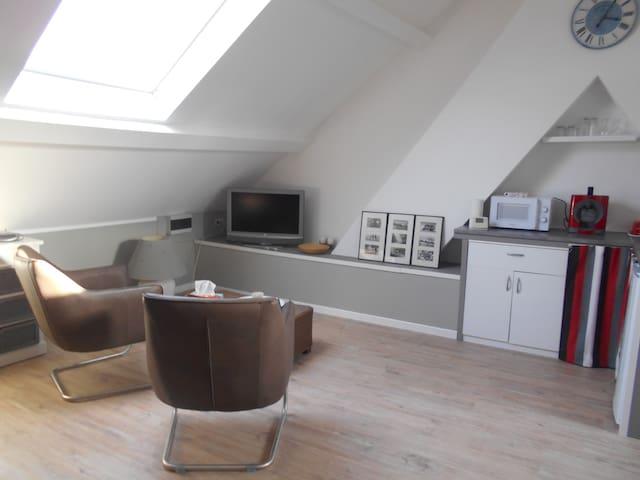 studio neuf à Tournai 10 minute  du centre ville - Tournai - Departamento