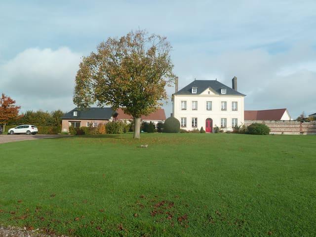 Maison normande, jardin et parking - Fauville-en-Caux - Ev
