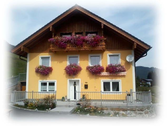 Ferienhaus Weißenbacher Sabine in Krispl/Gaißau - Gaißau