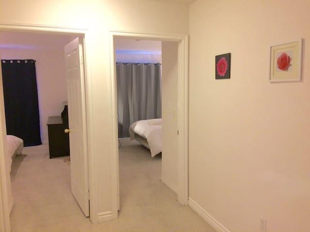 阿凯迪亚2房2Q床1.5浴住4人高级旁华公寓房游每天共$119适家结伴 - Arcàdia - Pis