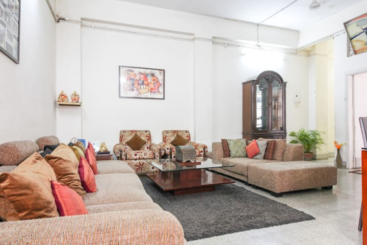 Deluxe Cosy Suite in City Center - Kolkata - Hus