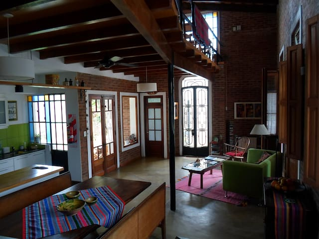 Authentic B&B. House/workshop, unique in Areco - San Antonio de Areco - Bed & Breakfast