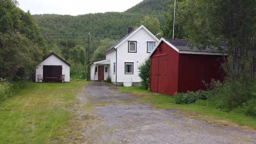 Gullhav - Målselv - Rumah