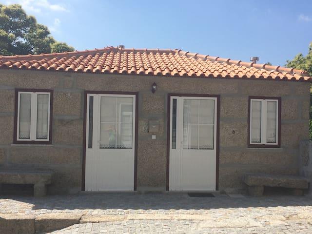 Rural House in Oporto- Amarante - Mancelos - Byt