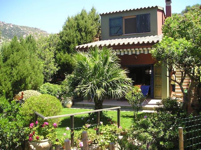 Casa indipendente, in residence - Porto Sa Ruxi - Talo