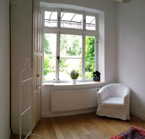 Helles Zimmer in Altbremer Haus nahe Osterdeich - Bremen - Hus