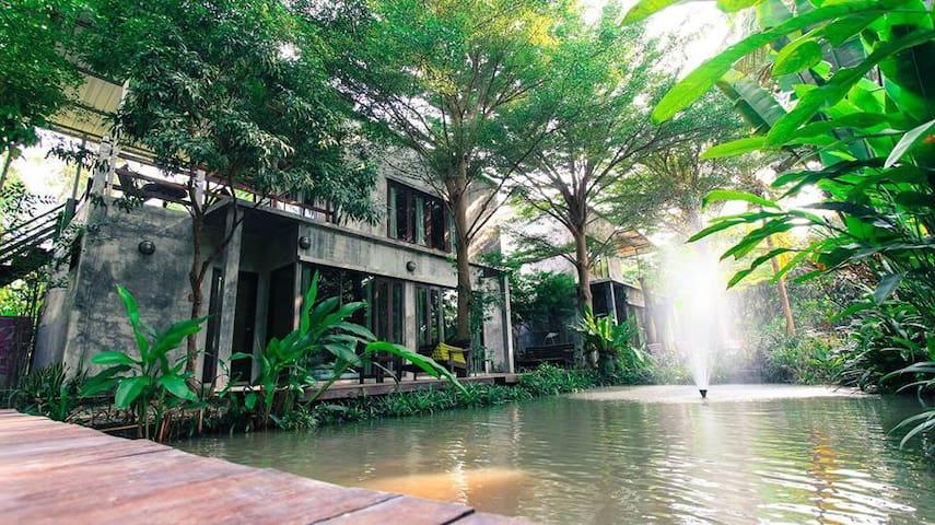 River CoCo @ Amphawa (Water Front) - Tambon Kradangnga - 家庭式旅館