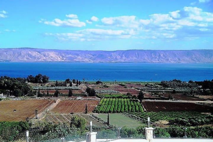 Vila Al Azipor Breathtaking View - Migdal - Villa