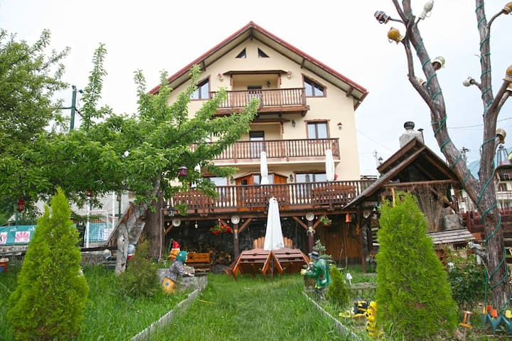 Romanita Holiday House - Comuna Moieciu - Hus