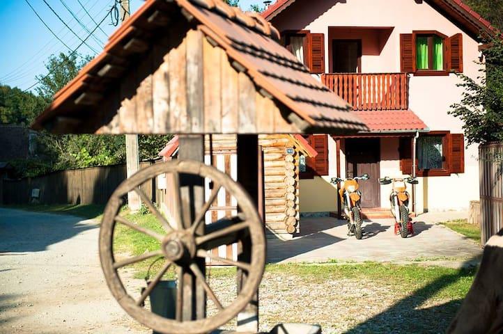 Hanul Sibiel in the Heart of Beautiful Romania - Sibiel - Hus