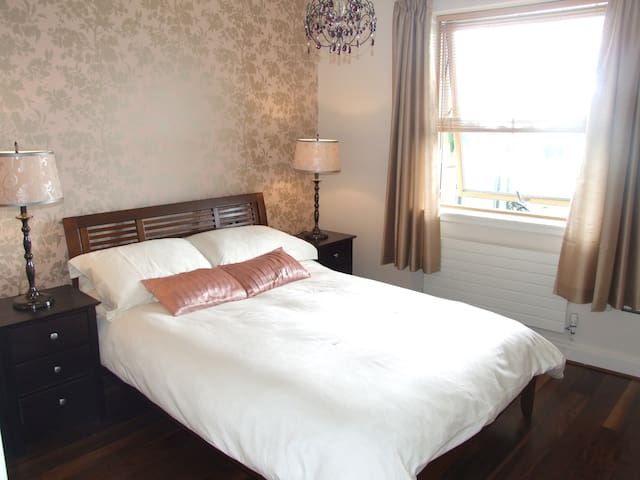 Calm Oasis with Sea Views - Greystones - Appartement