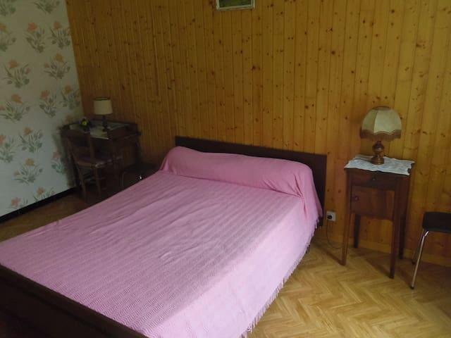 appartement dans maison pour quatre - Saint-Martin-en-Vercors - Apartamento