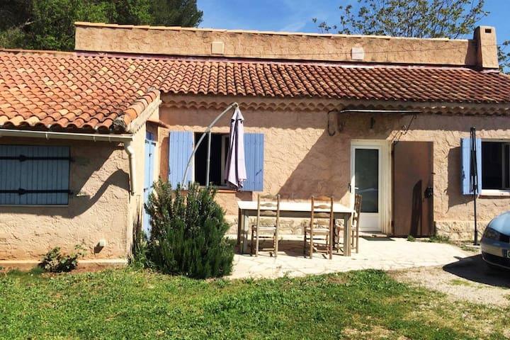 MAISON AU CALME, Proximité Aix-en-provence. - Gardanne - House
